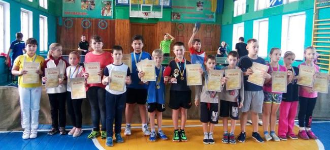 Кубок осени разыгрывали юные теннисисты