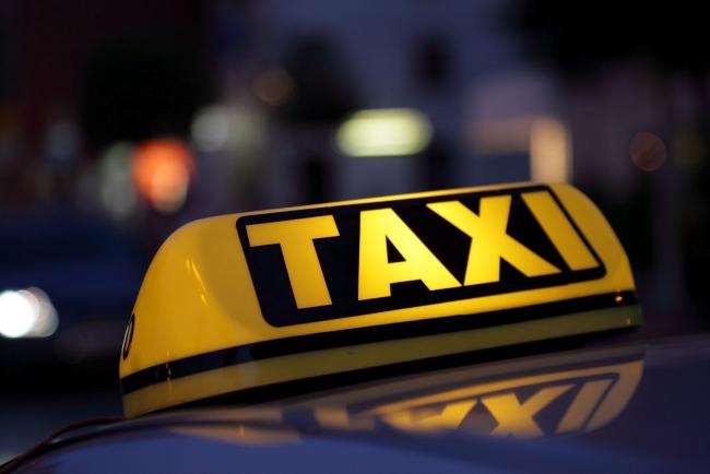 Двум измаильчанам грозит тюремный срок за нападение на таксиста
