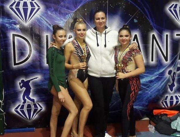 Измаильские гимнастки привезли медали и кубки со Всеукраинского турнира «Диамант»