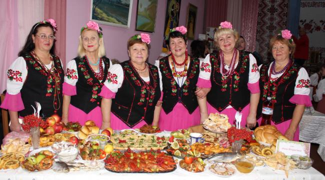 Обряды, песни, вина, котлеты и милина! Отзвенел один из самых ярких фестивалей Бессарабии
