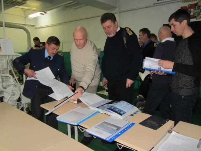 Преподаватели высших профтехучилищ - о подготовке специалистов водного транспорта