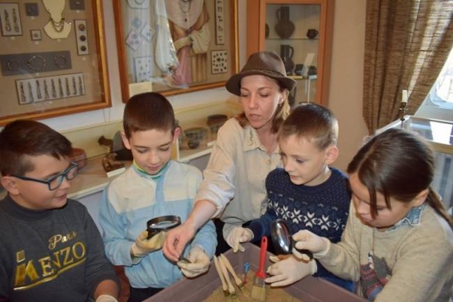 Кто хочет в археологическую экспедицию?