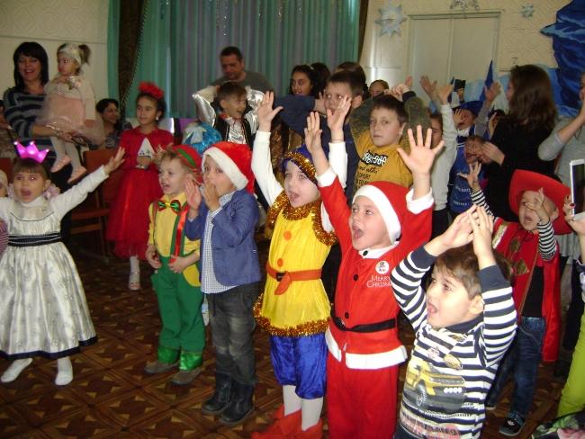 В круговерти новогодней - представлений больше сотни!