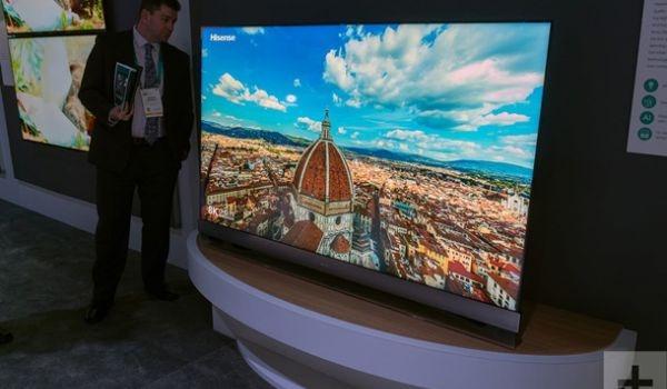 Показан первый LED-телевизор с пьезозвуком