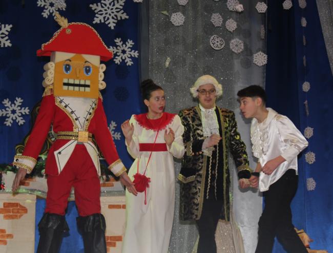 Марципановое королевство и его принц Щелкунчик: на сцене ДК прошла великолепная сказка