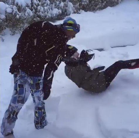Француз Монфис швырнул Элину Свитолину в кучу снега