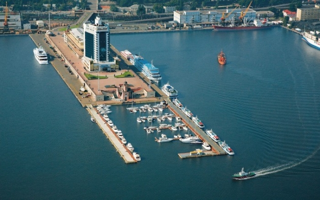 Инвесторы из ОАЭ хотят создать в Одесском порту инфраструктуру для круизных лайнеров, - Омелян