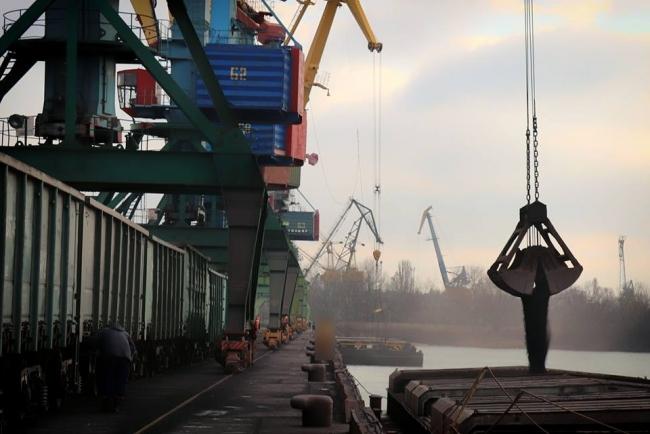 КМУ утвердил финплан Измаильского порта