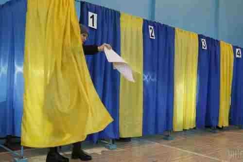 Более половины украинцев хотят, чтобы будущий президент был проевропейским