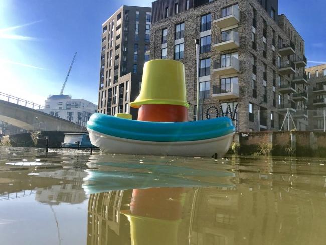 IKEA разработала лодки для очистки рек от мусора
