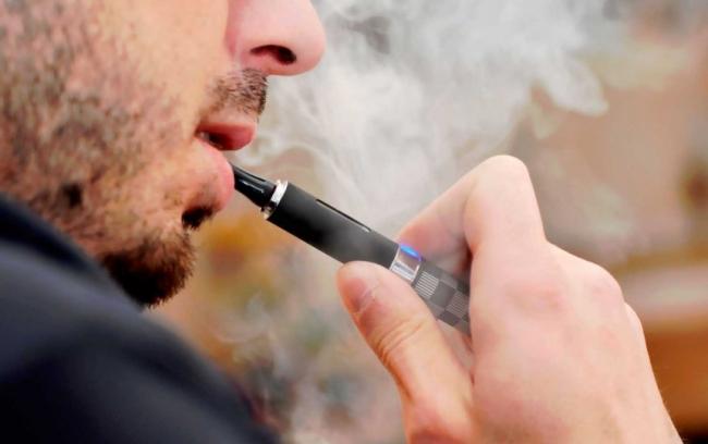 Электронные сигареты вызывают инфаркт и депрессию