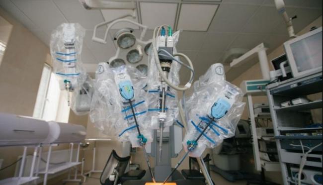 В Украине появился робот-хирург