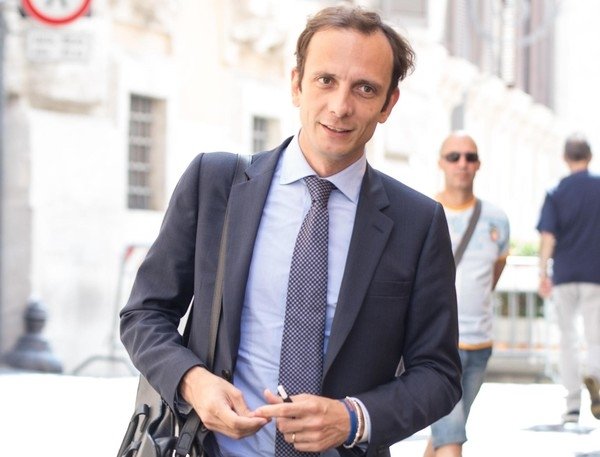 В Италии политик,выступавший против прививок, попал в больницу с ветрянкой