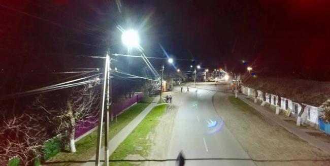 На въездах в Килию и Шевченково устанавливают LED освещение