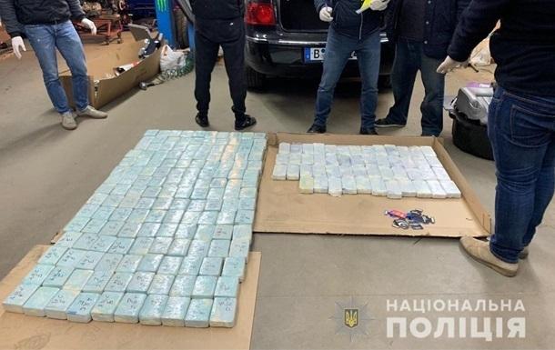В Киевской области изъяли 600 кг героина