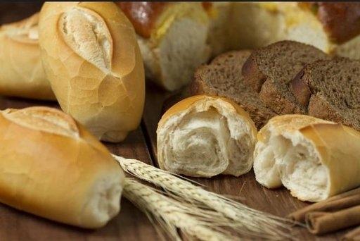 Употребление свежего хлеба может спровоцировать развитие опасной болезни