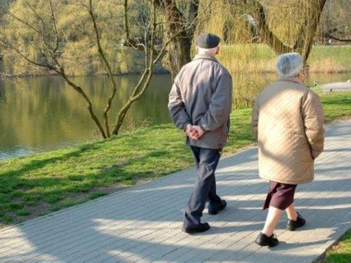 10 минут пешком в день защитят от инвалидности