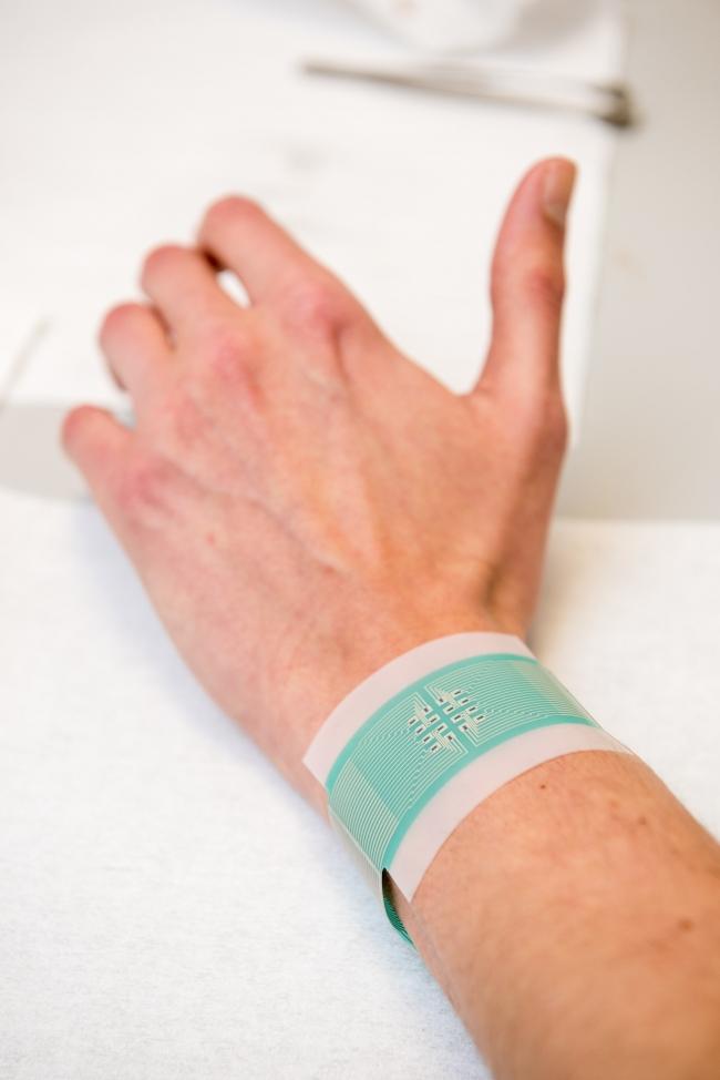 Создана уникальная заплатка для измерения уровня глюкозы в крови