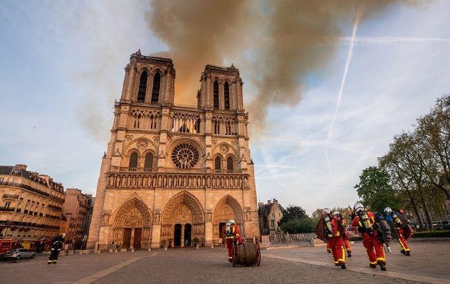Пожар в Нотр-Даме потушен