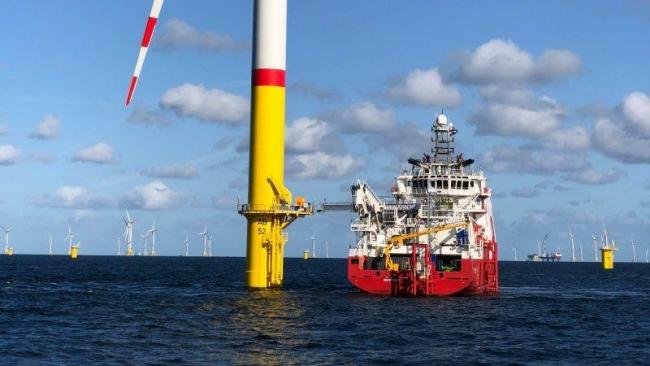 Германия открыла большую ветровую электростанцию в Балтийском море