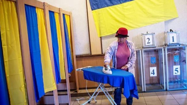 Курьезы на выборах президента Украины: фото и видео