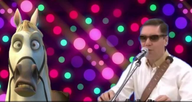 61-летний президент Туркменистана посвятил рэп своему коню
