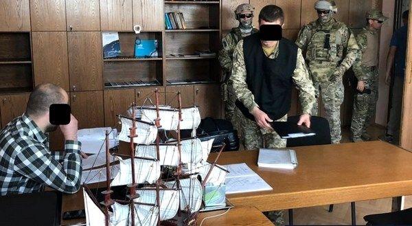 """Военные прокуроры Матиоса продолжают кошмарить гражданский бизнес с помощью """"маски-шоу"""""""