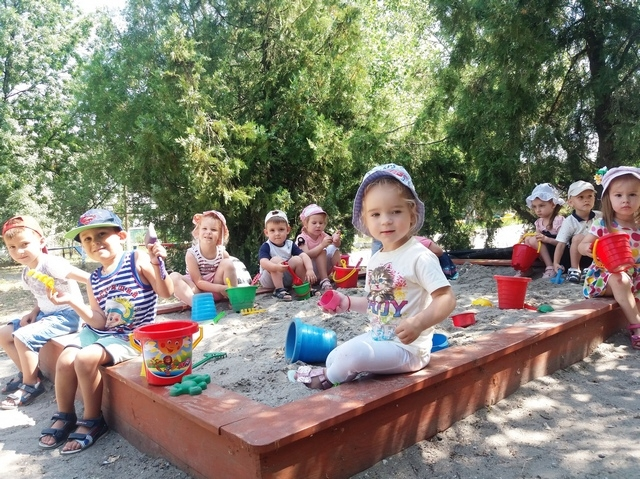 Летний пришкольный лагерь: оздоравливаться весело и поучительно