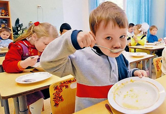Ренийский горсовет увеличил стоимость питания в детских садах