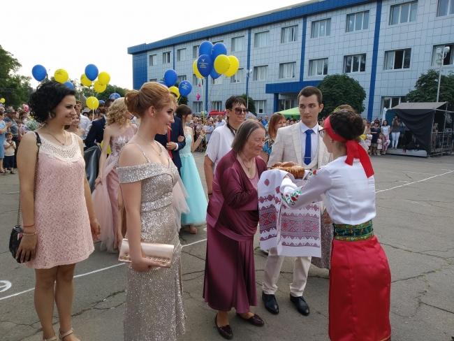 Ренийский выпускной бал-2019 на фоне удручающего «неурожая» медалей