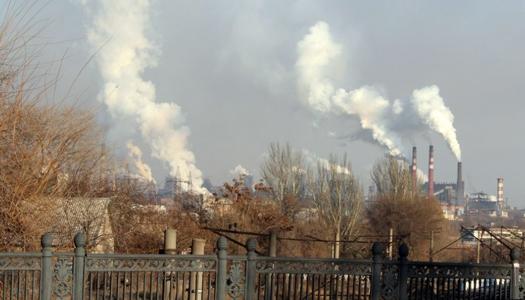 Загрязненный воздух заставляет людей ощущать подавленность