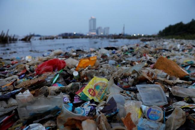 Украина попала в десятку стран с наибольшим объемом мусора на жителя