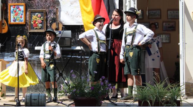 Немецкий акцент этнографического фестиваля: праздник неподражаемого колорита!