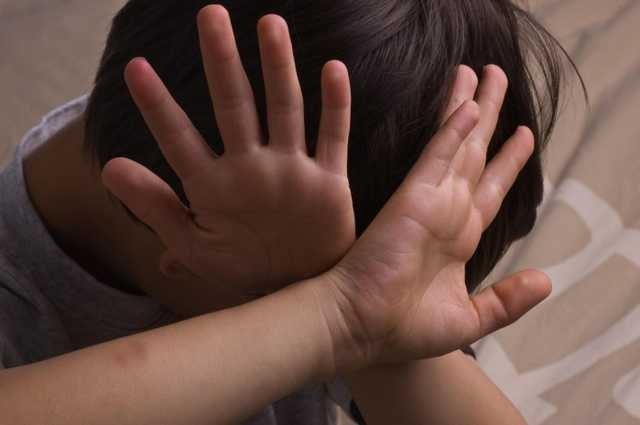 Гулял у пруда: в Одесской области изнасиловали 9-летнего ребенка
