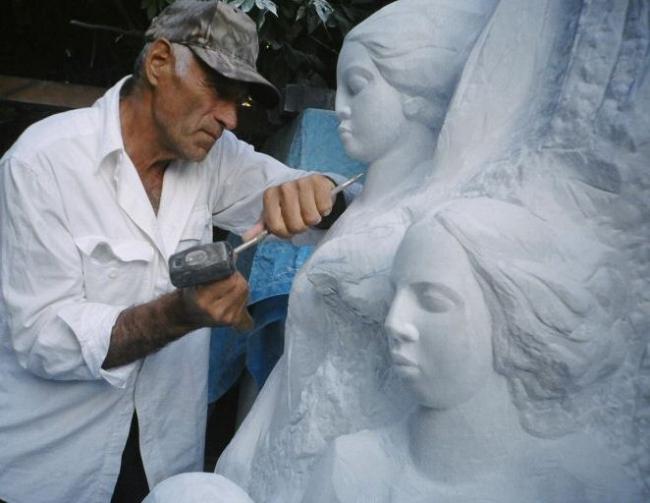 Песня камня и живая скульптура от Валерия Соколовского