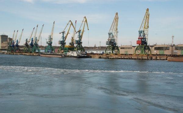 Измаильский порт перешёл на неполную рабочую неделю