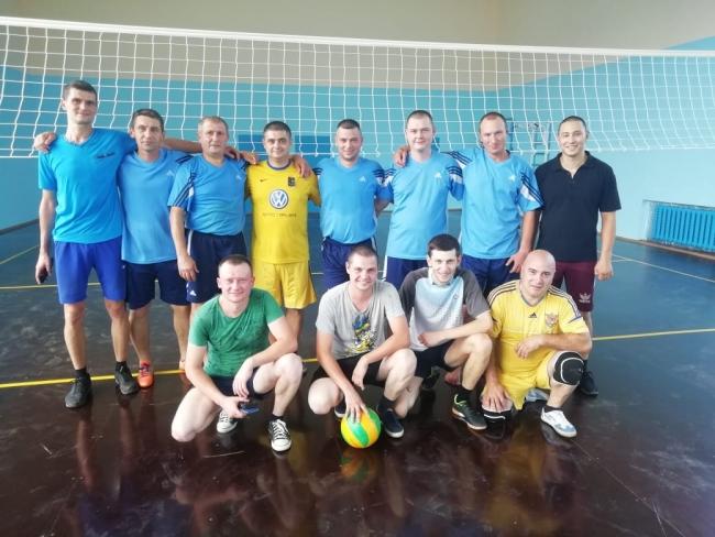 Измаильские правоохранители играли в волейбол