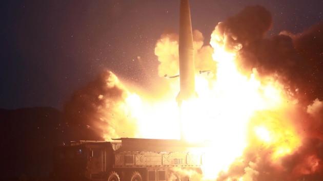Новый ракетный пуск КНДР: ракеты улетели в Японское море
