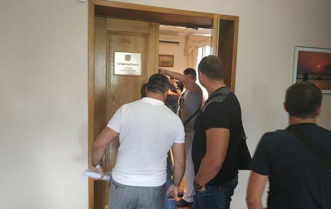 ДБР розслідує можливу розтрату бюджетних коштів посадовцями Одеської обласної ради протягом 2015-2019 років