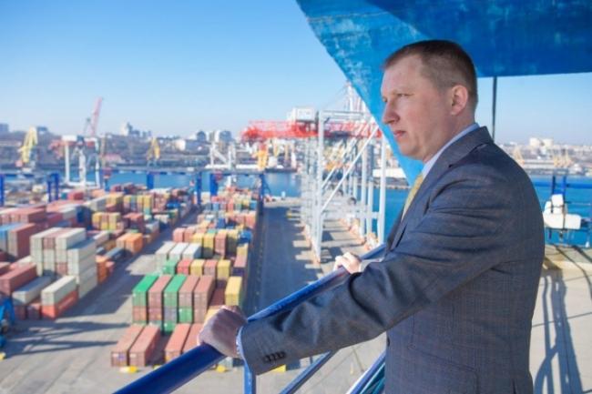 Подписан меморандум о создании системы цифрового обмена данными между портами и судами АМПУ