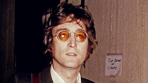 Самые известные хиты звезды The Beatles Джона Леннона, которые мы помним до сих пор