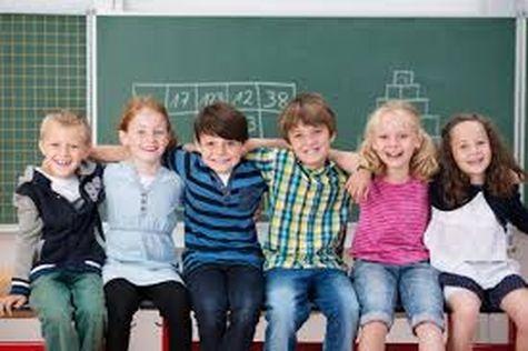 В украинских школах тестируют программу, которая должна научить детей быть добрее