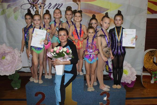 Наши девчонки блистали в Виннице - 5 золотых медалей у измаильских гимнасток!
