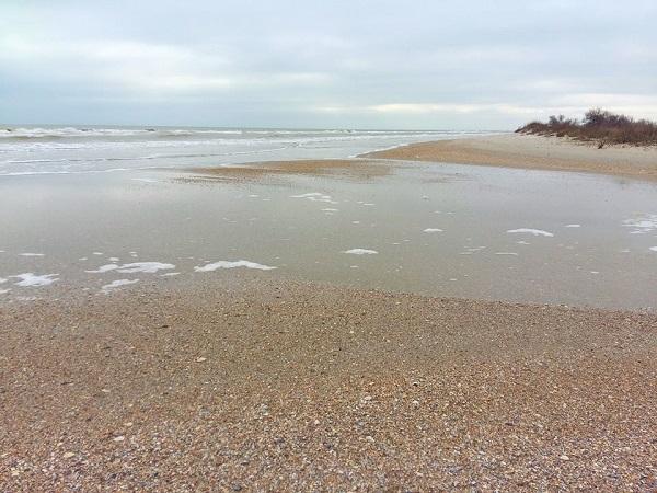 Из-за ветра оказалась заблокированной единственная протока между Чёрным морем и Джантшейским лиманом