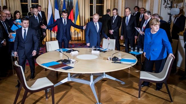 Итоги саммита в Париже. О чем договорились Путин, Зеленский, Макрон и Меркель