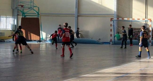 Открылся Рождественский турнир по футзалу на кубок городского головы