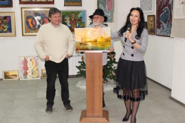 """Рождественская выставка с аукционом и концертной программой: """"Голубой огонёк"""" для художников и их поклонников"""