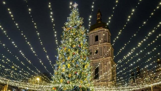 Какие украинские города потратят больше остальных на новогодние праздники
