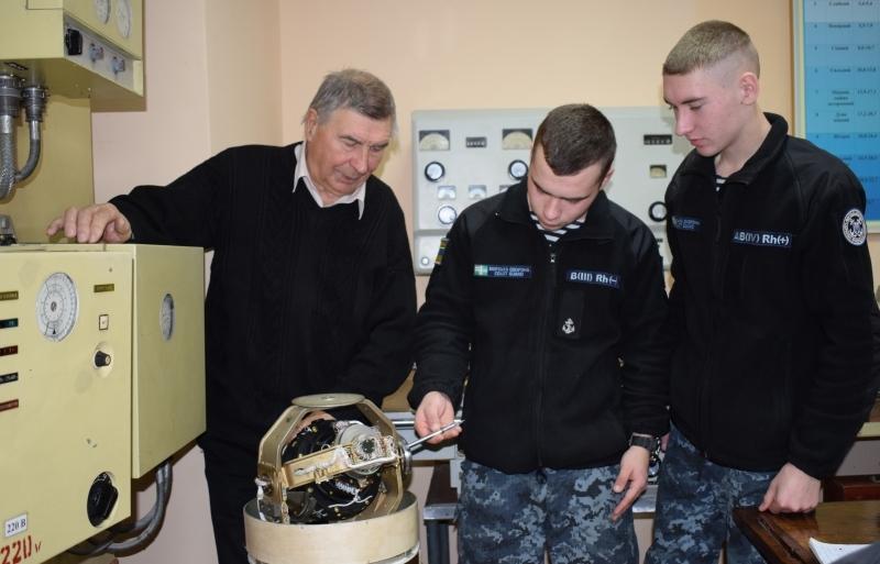 В Учебном центре Морской охраны состоялся первый выпуск младших специалистов морской и речной навигации