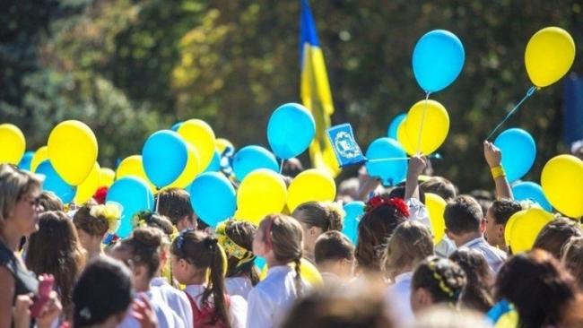 Умирает в два раза больше, чем рождается: Население Украины сократилось на 11 млн